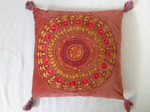Kudde by Leonnie Boheme 75x75 Cirkel Rost
